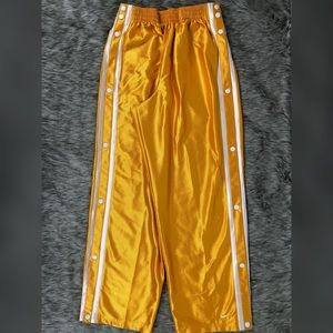 Vintage Nike Polyester Pants Pull Away Snap Size L